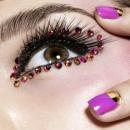 Новогодний макияж 2012 со стразами и пайетками